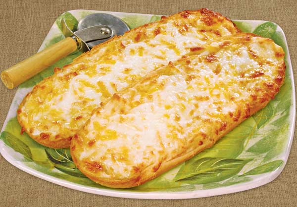 how to make cheesy garlic bread pizza