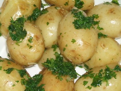 Parsley Baby Red Potatoes - Savor the Best