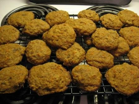Inside-Out Carrot Cake Cookies cookie recipe - inside-out carrot cake ...