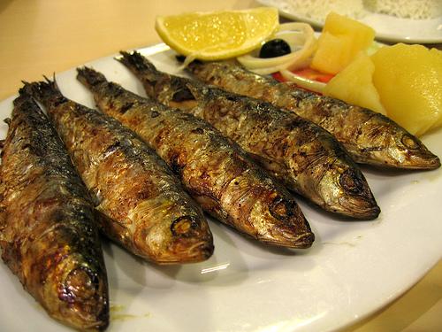 external image portuguese-grilled-sardines-12056020821.jpg